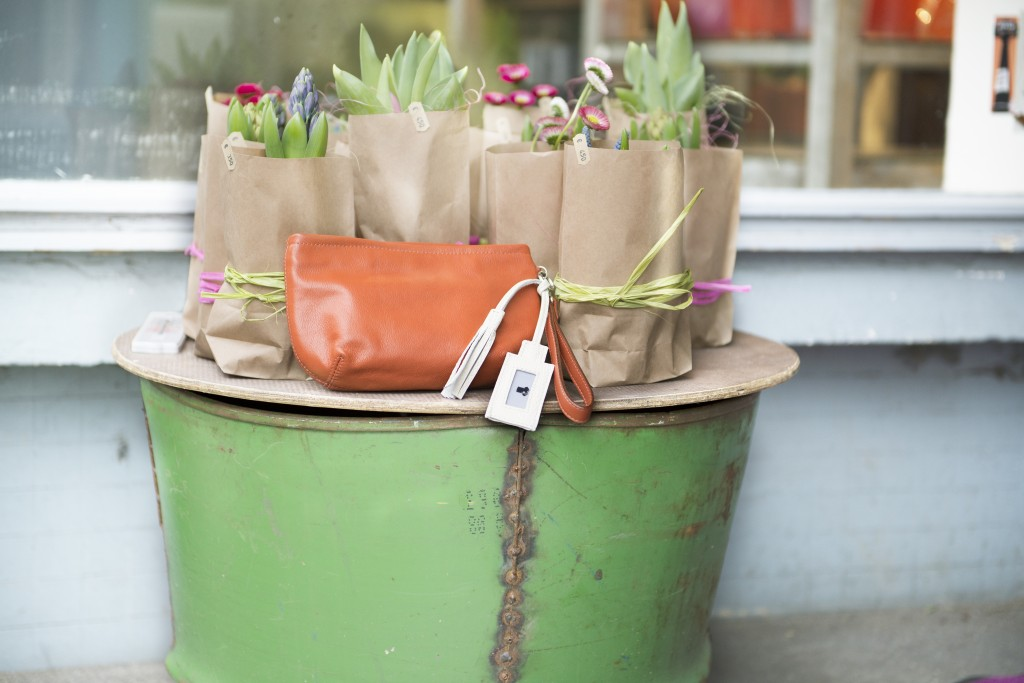 erdbeerwald_SMILE_Clutch_orange_2